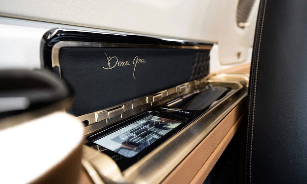 2020 Embraer Phenom 300E Bossa Nova Interior detail