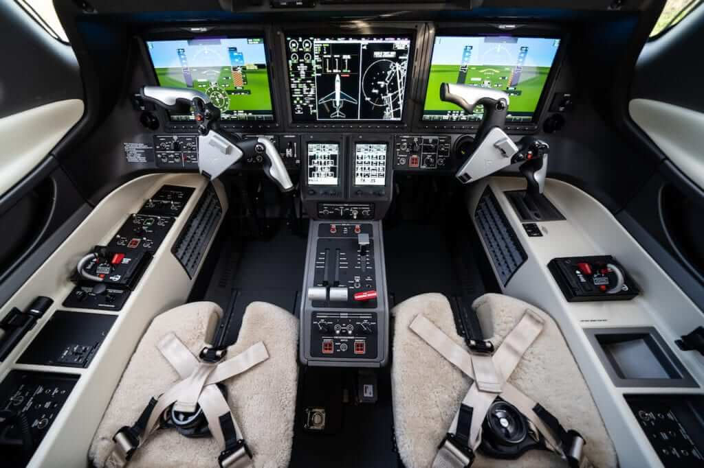 2020 Embraer Phenom 300E cockpit with avionics upgrades