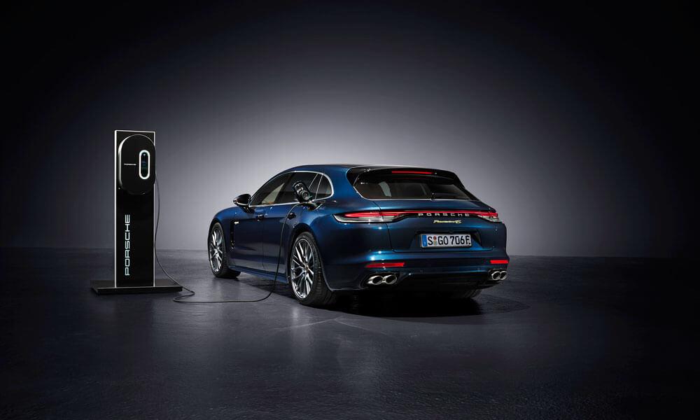 The 2021 Porsche Panamera 4S E-Hybrid Sport Turismo. Credit: Porsche
