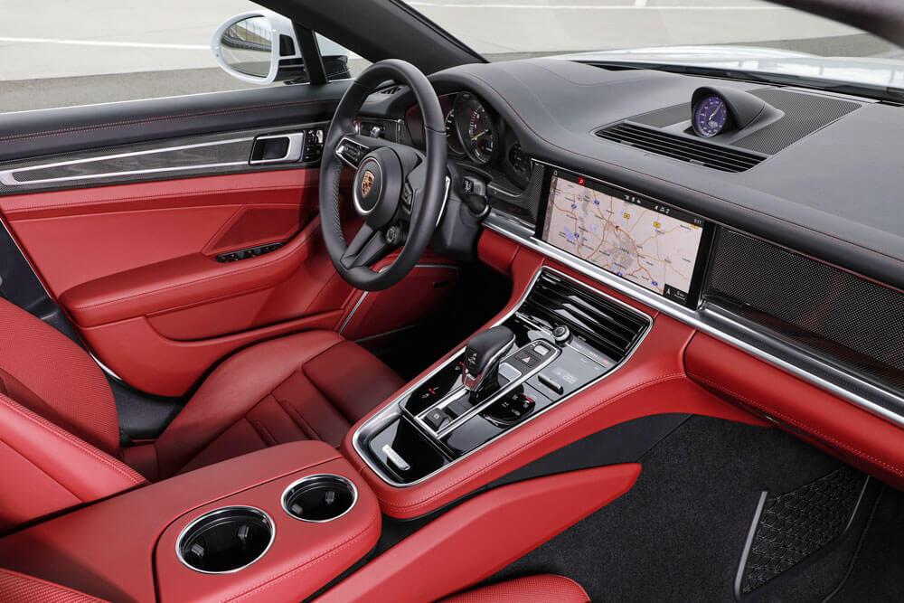 Interior of the 2021 Porsche Panamera 4S E-Hybrid. Credit: Porsche