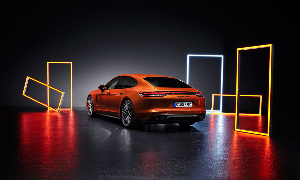 Upgraded 4.0 liter twin-turbo V8 engine of the Panamera Turbo S. Credit: Porsche