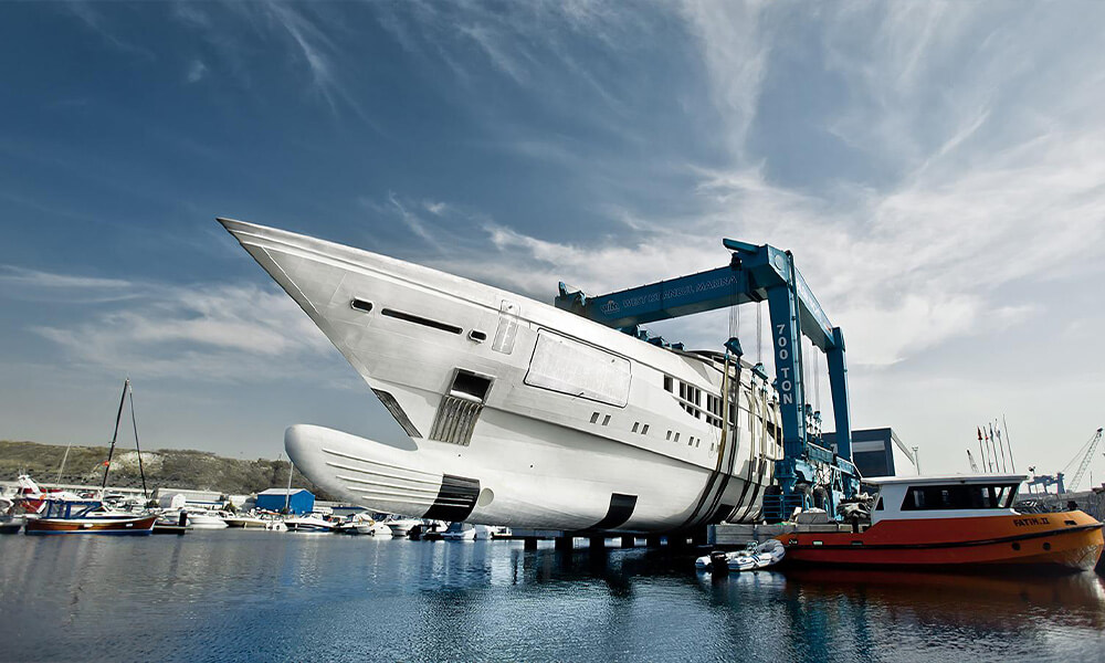 80 metre Bilgin Yachts 263 series superyacht Tatiana lowered by crane Turkey