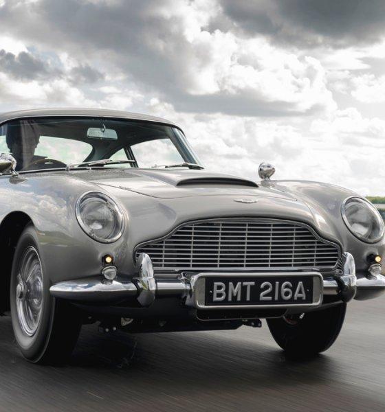 Aston Martin DB5 Goldfinger Continuation James Bond Car