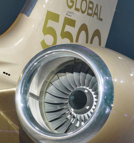 Bombardier Global 5500 has a Rolls-Royce Pearl 15 Jet Engine