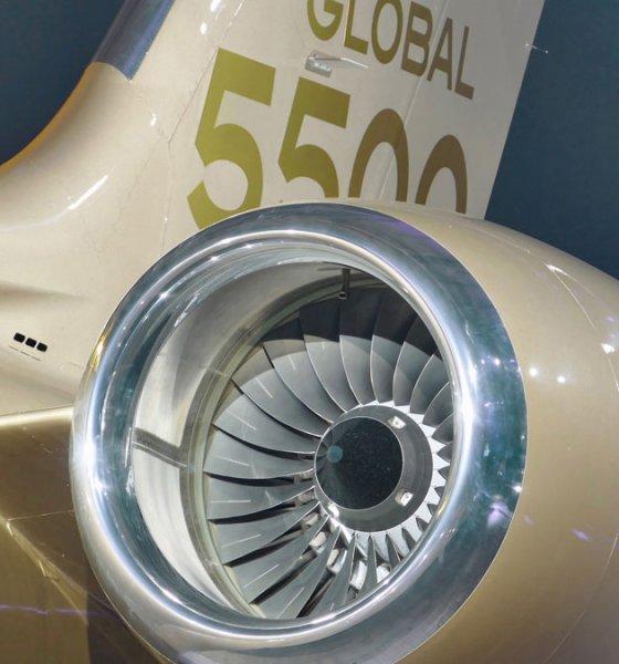 Bombardier Global 5500 has a Rolls-Royce Pearl 15 Jet Engine