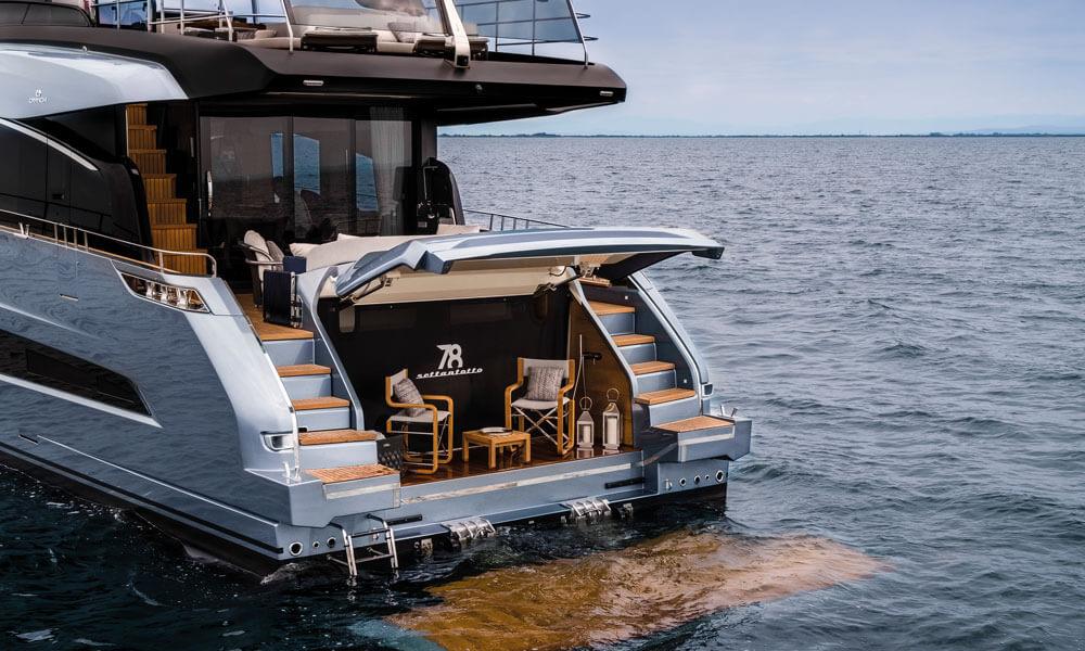 Cranchi Settantotto 78 Flybridge Yacht aft detail