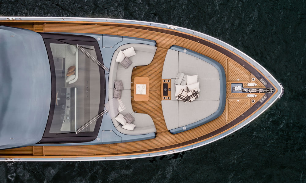 Cranchi Settantotto 78 bow seating aerial view
