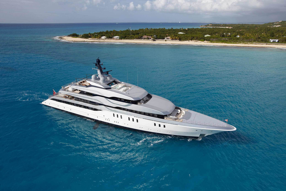 Feadship Tango Superyacht sold by Chris Cecil-Wright