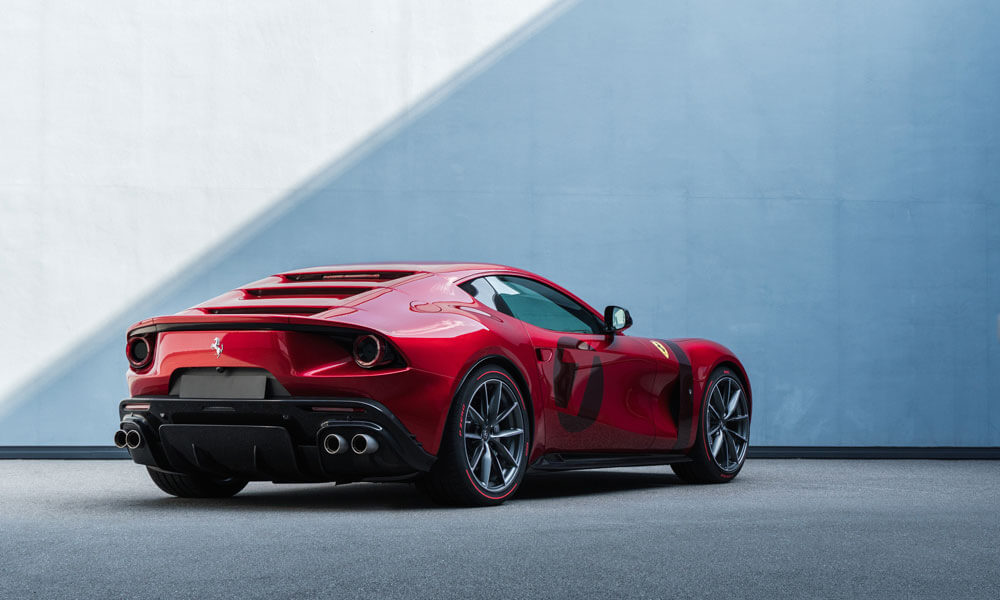 """New paint color """"Rossa Magma"""" developed specially for the Omologata."""
