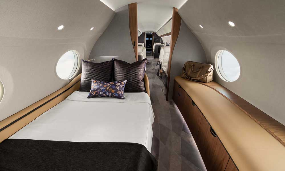 Gulfstream G700 bedroom sleeping quarters