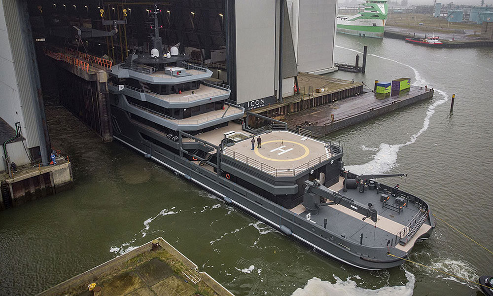 Ragnar Explorer Yacht leaving the Icon Yacht conversion hall