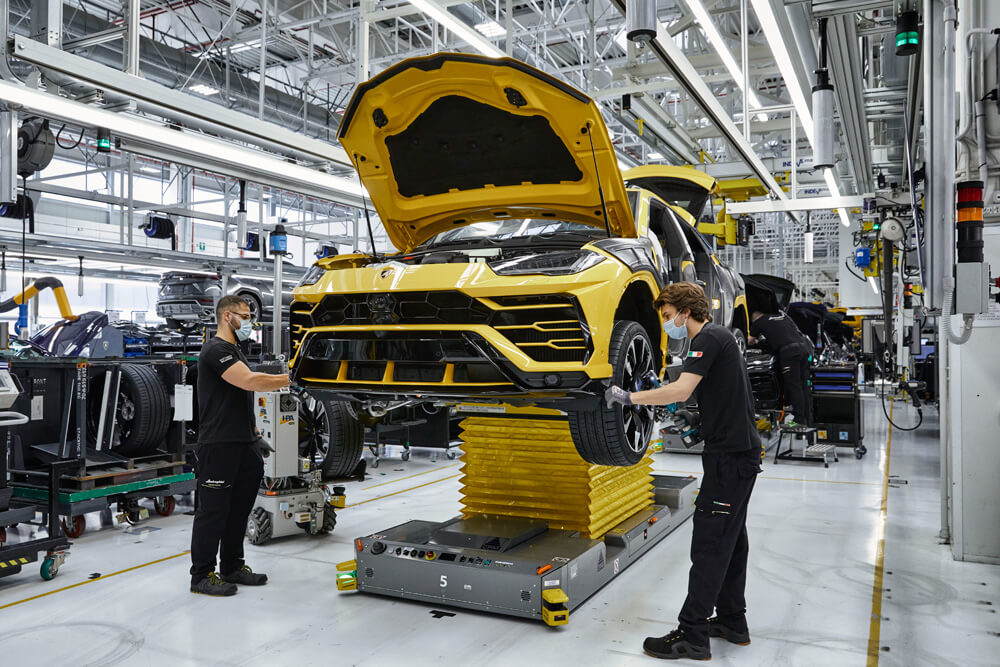 Lamborghini factory restarting after covid-19 closures