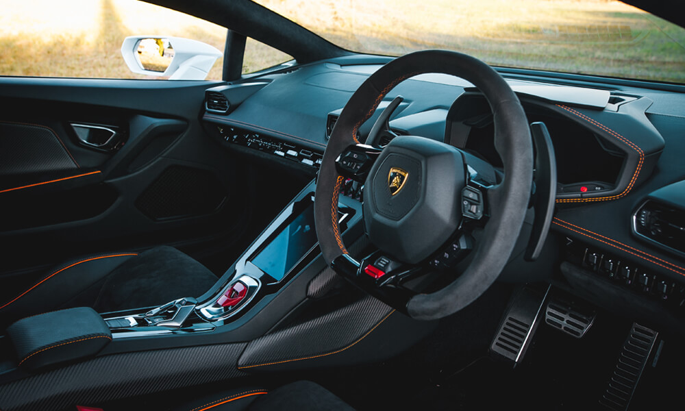 There's so much to like about the Huracan interior. Credit: Billionaire Toys