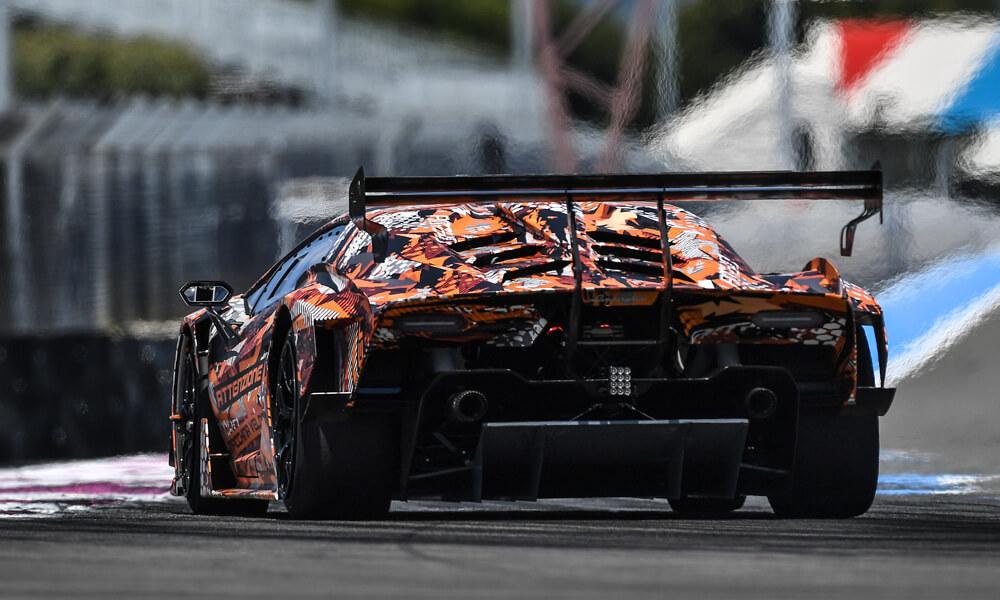 The Lamborghini SCV12 features a large custom built carbon fiber wing. Credit: Lamborghini