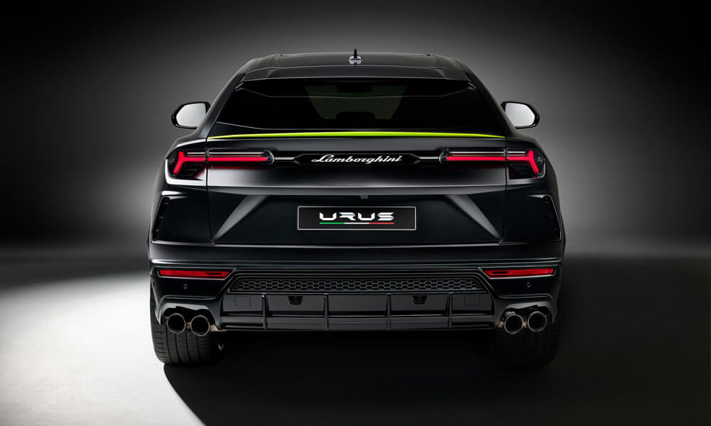 Lamborghini Urus Graphite Rear