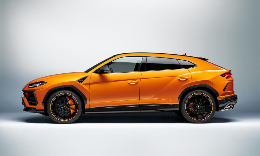 Customers can also choose a multitude of other colors with the Lamborghini Ad Personam program. Credit: Lamborghini