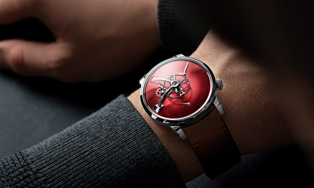 The LM101 MB&F x H.Moser & Cie with Red fumé dial.