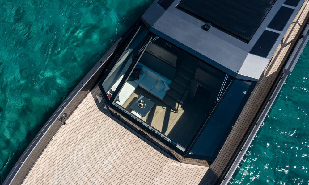 Mazu Yachts Mazu 82 superyacht fore deck and windscreen
