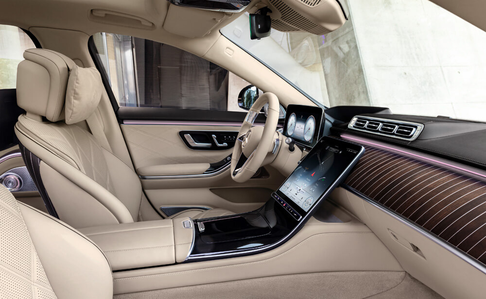 MBUX Interior Assist recognizes the intentions of occupants and assists where needed. credit: Mercedes-Benz