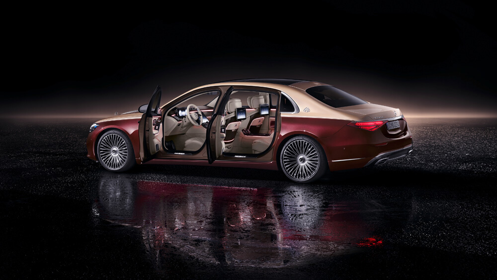 Extended wheelbase offers more cabin room than the standard Mercedes-Benz S-Class. Credit: Mercedes-Benz