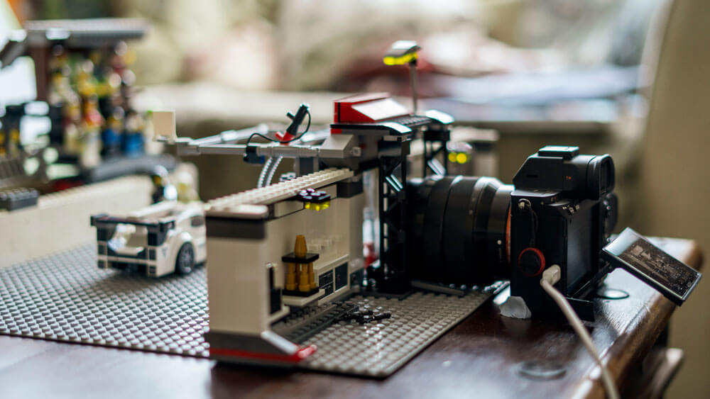 Camera in place and ready to capture the action of the pit lane.