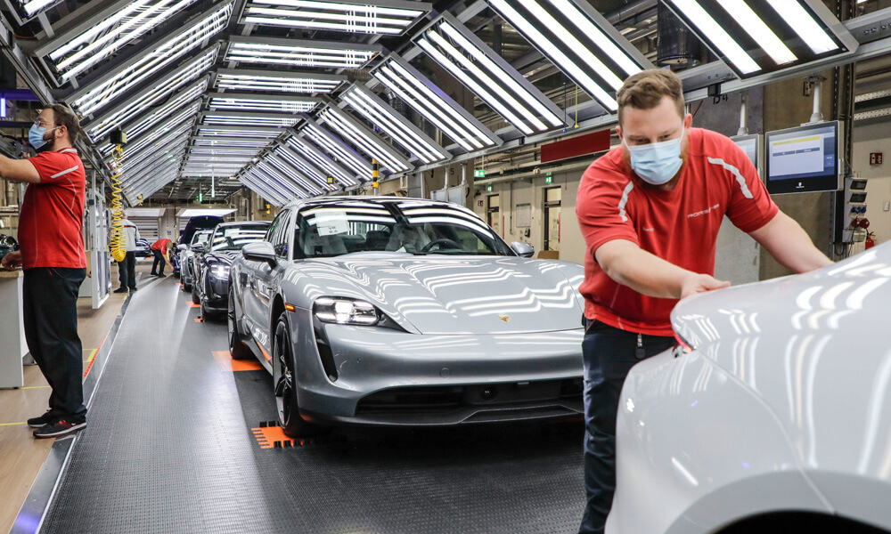 Porsche factory restarting after covid-19 closures