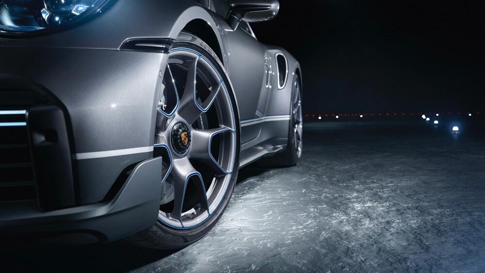 Porsche 911 Turbo S Limited Edition Duet Embraer Phenom 300E Rims