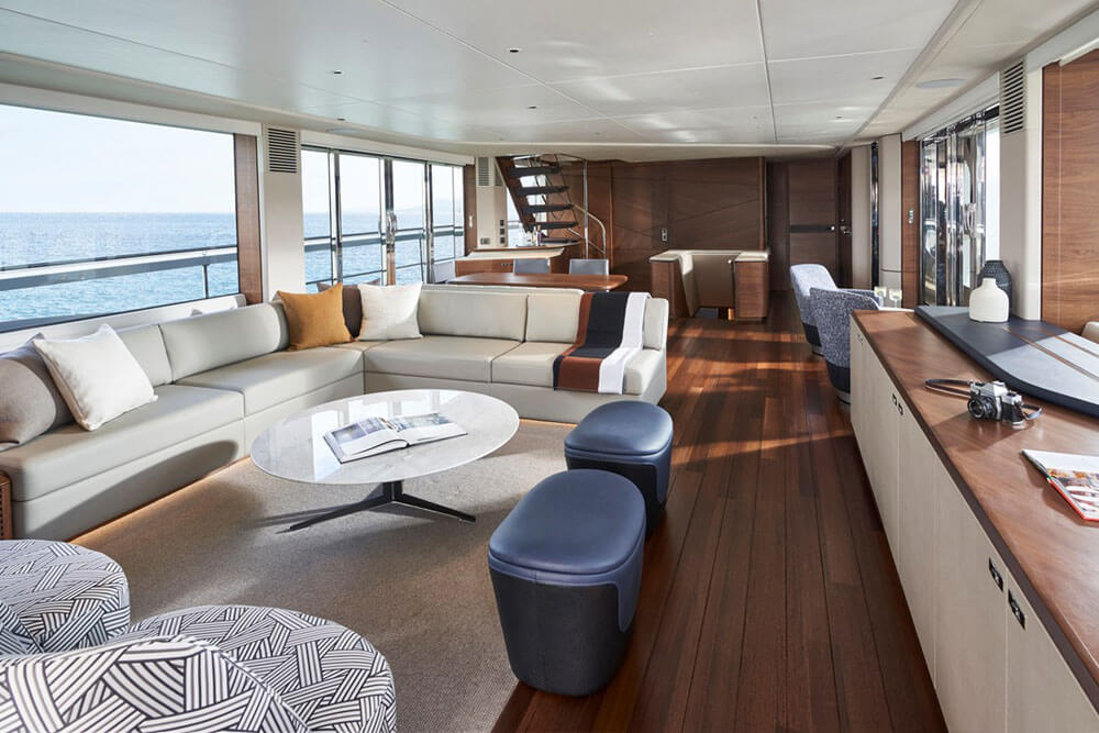 Princess Yachts X95 Interior Saloon