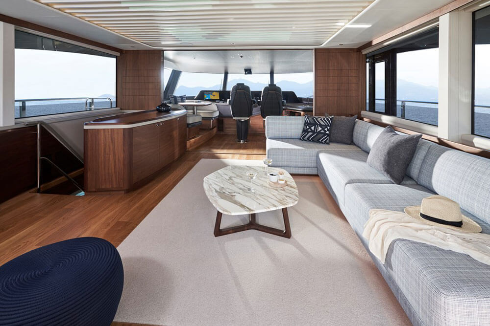 Princess Yachts X95 Interior Skylounge