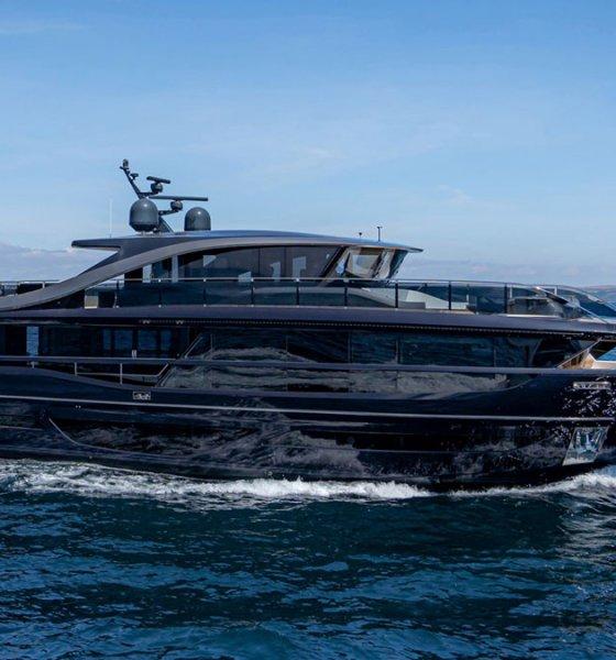 Princess Yachts X95 Side View