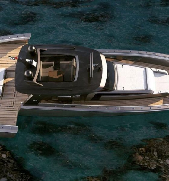Rodriguezdesign 690 GTO the worlds biggest baddest centre console boat