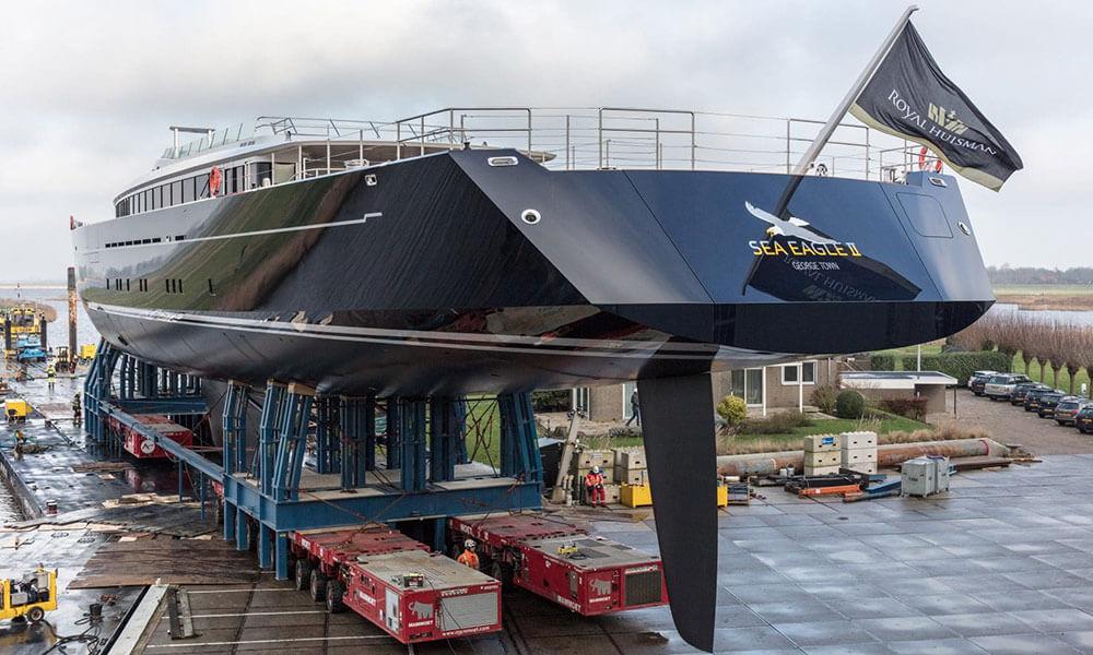 Sea Eagle II leaving Vollenhove
