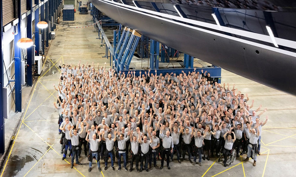 Sea Eagle II and the Royal Huisman project 400 team