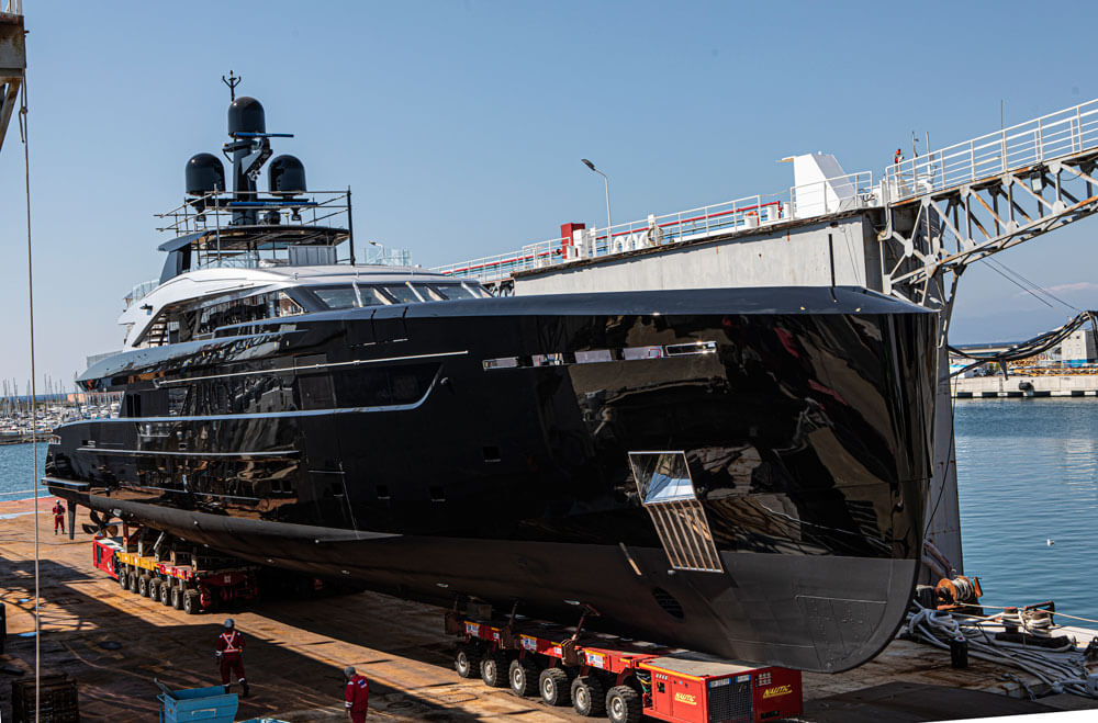 Tankoa Olokun Superyacht Launch Side Hull Front View