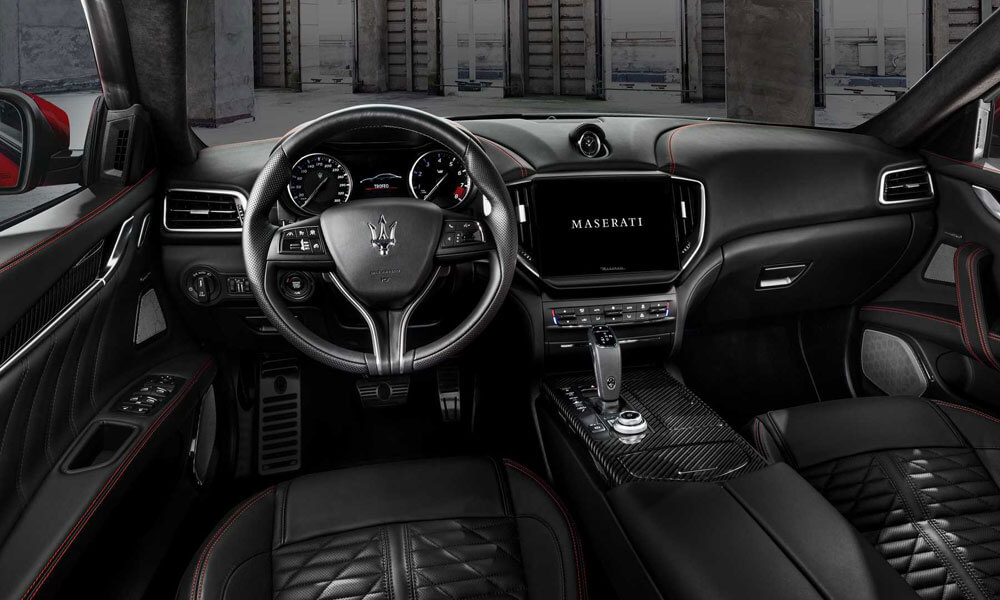 Maserati Ghibli Trofeo 2021 Interior