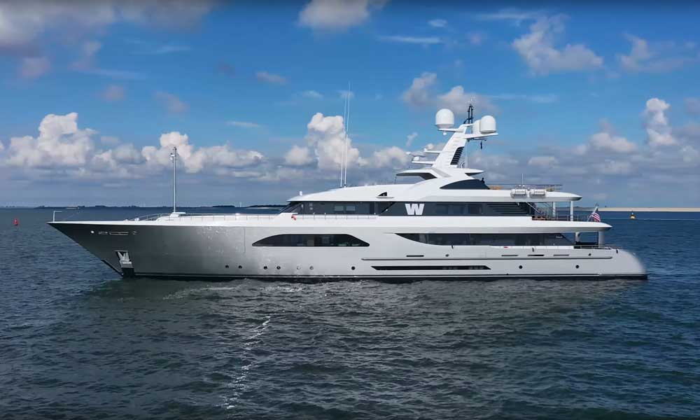 Side profile view of superyacht W built by Feadship